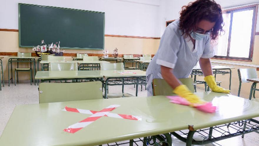 Anpe denuncia ante el Diputado del Común la discriminación de los profesores en riesgo ante el coronavirus