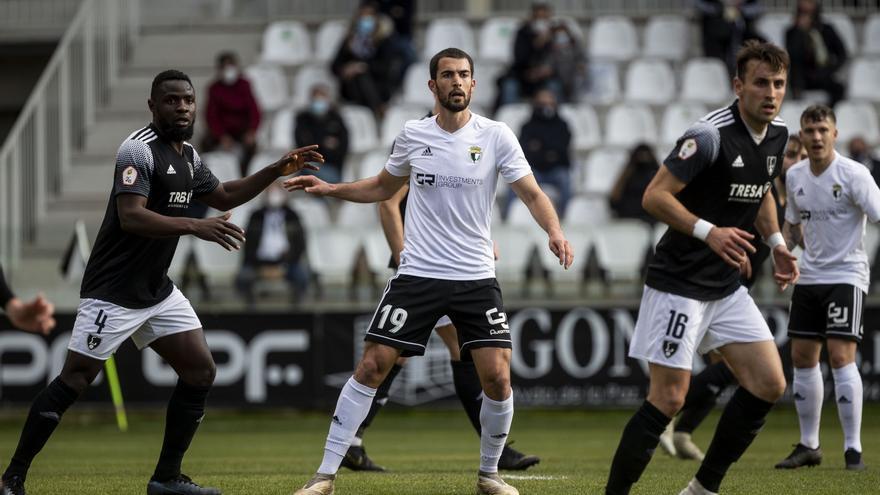 Resultados, crónicas y puntuaciones de los equipos asturianos en Segunda B