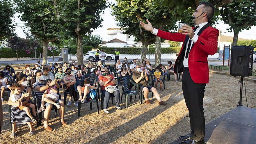 Sant Pere adapta racons a l'aire lliure per al gaudi de la cultura i la música