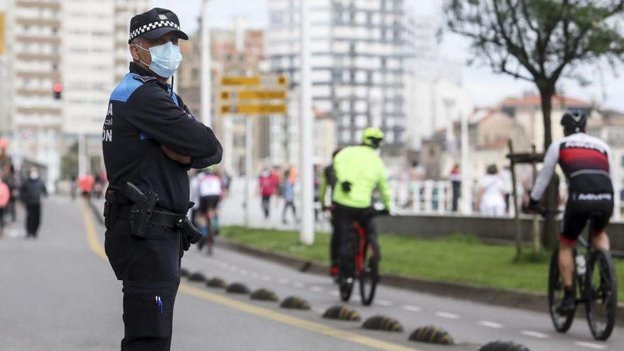 Denunciadas 26 personas en Gijón por incumplir las normas sanitarias