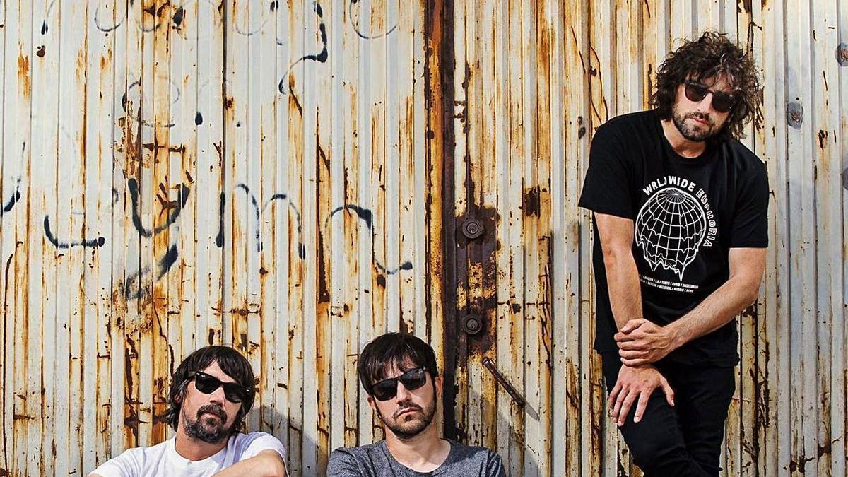 Los tres artistas se suben a partir de las diez de la noche al escenario en Murcia. | @LORIMEYERSBAND