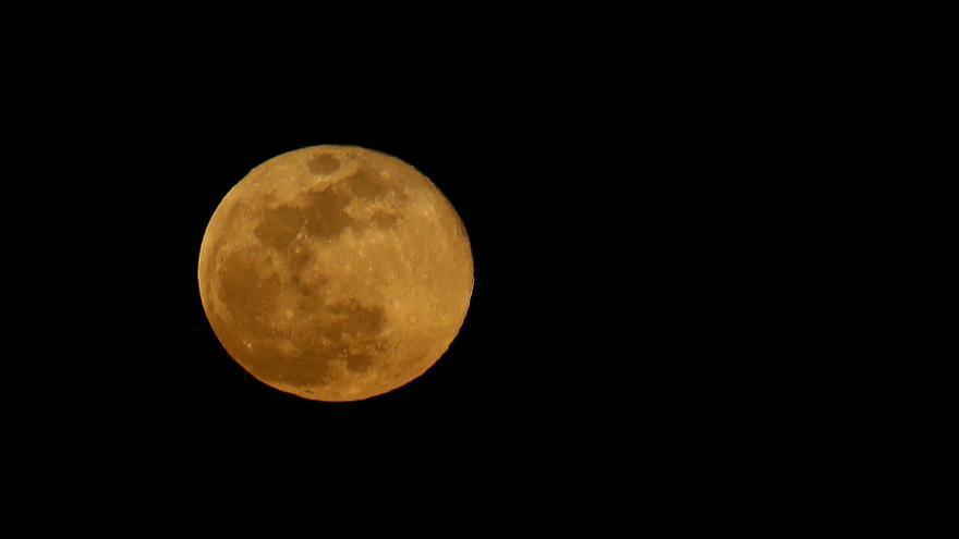 Este miércoles habrá superluna y eclipse lunar