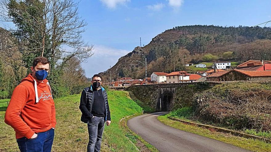 Peñaflor, en Grado, quedará protegida de las crecidas del río Nalón por cien años