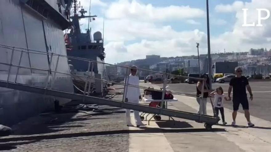 La Armada abre sus puertas por el Día de la Hispanidad.