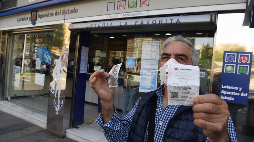 Lotería de Navidad en Galicia | Caída del turismo, ERTE y cierres perimetrales disminuyen la venta de Lotería de Navidad en Galicia