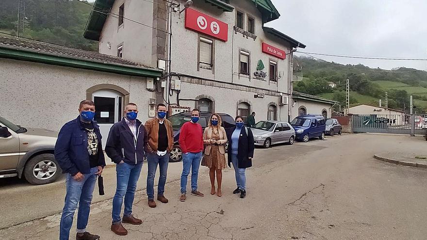"""El debate sobre la estación del AVE en Lena llega al Congreso: """"Es de justicia"""""""