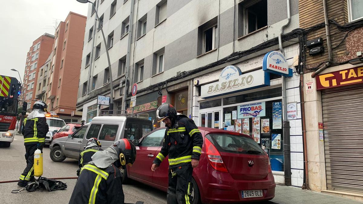 Incendio en la calle Ramón y Cajal de Gijón