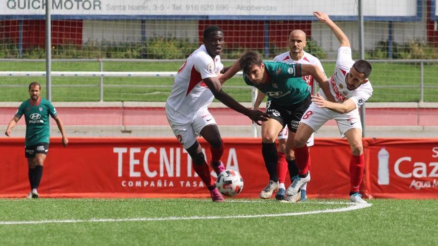 El Atlético Baleares empata (1-1) su primera final por el ascenso