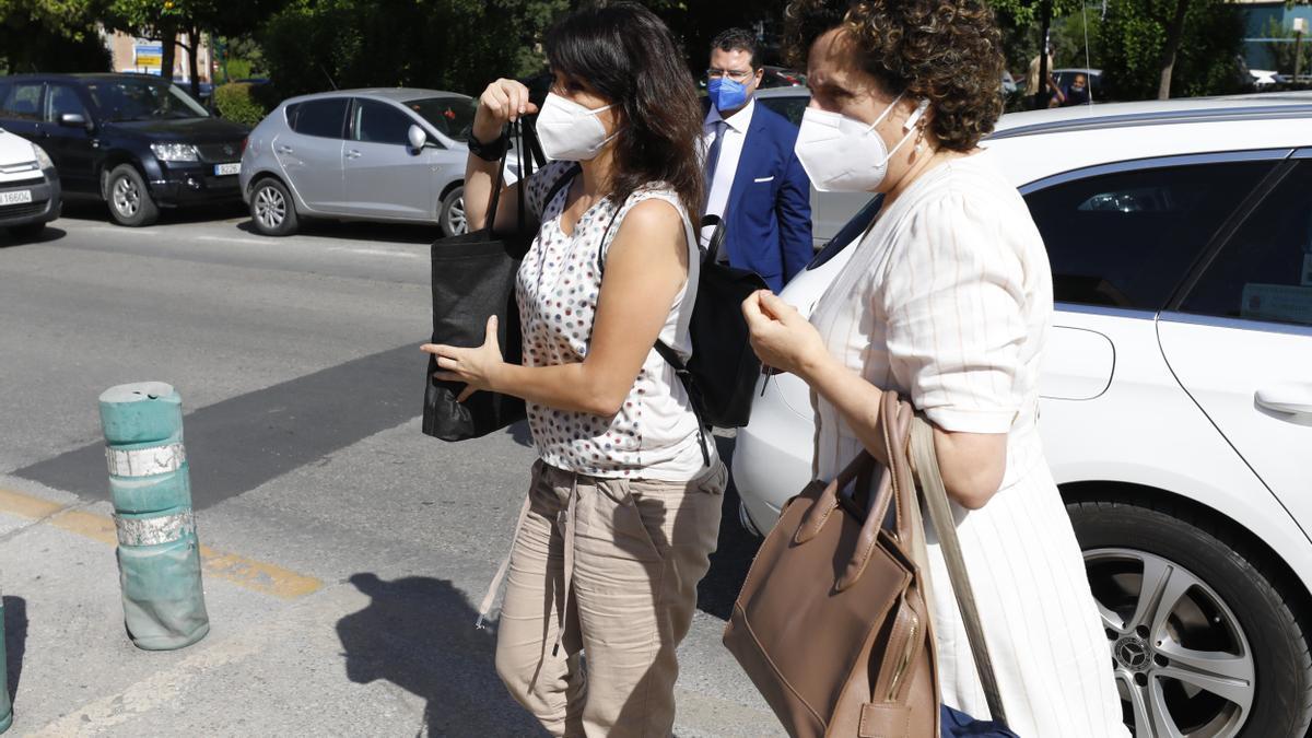 Juana Rivas el día que acudió al Centro de Inserción Social Matilde Cantos para entregarse.