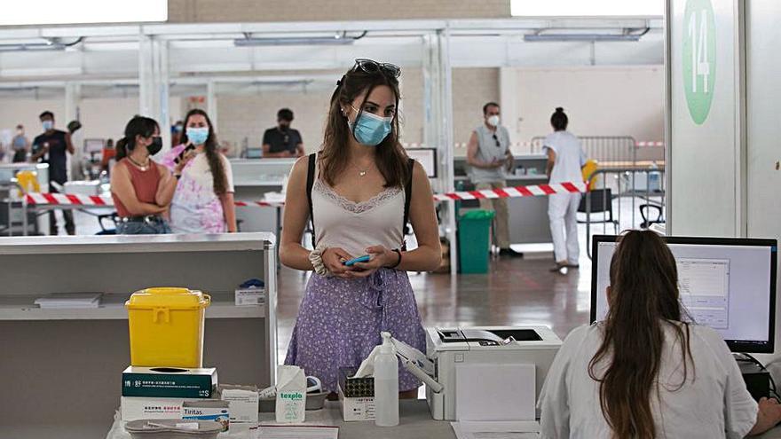 Formentera aún está lejos de inmunizar a la mitad de su población