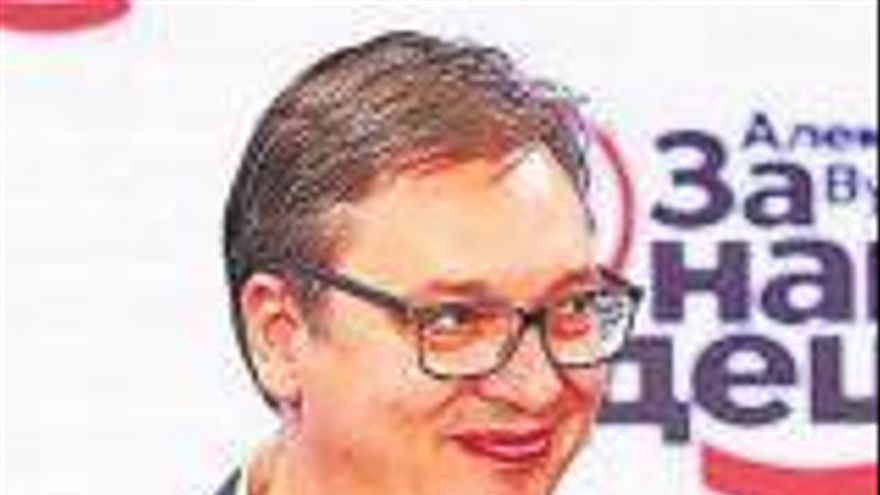 El populista presidente serbio barre en el Parlamento