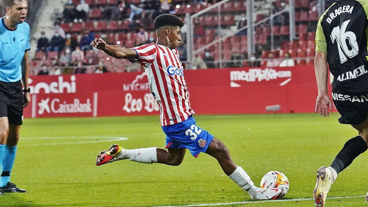 Ureña va estar a punt de marcar divendres contra l'Sporting.  