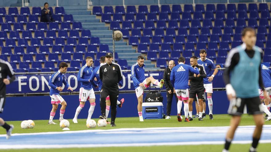 El Real Oviedo busca con Bastón, Montiel y Jirka una victoria para engancharse a los puestos de cabeza
