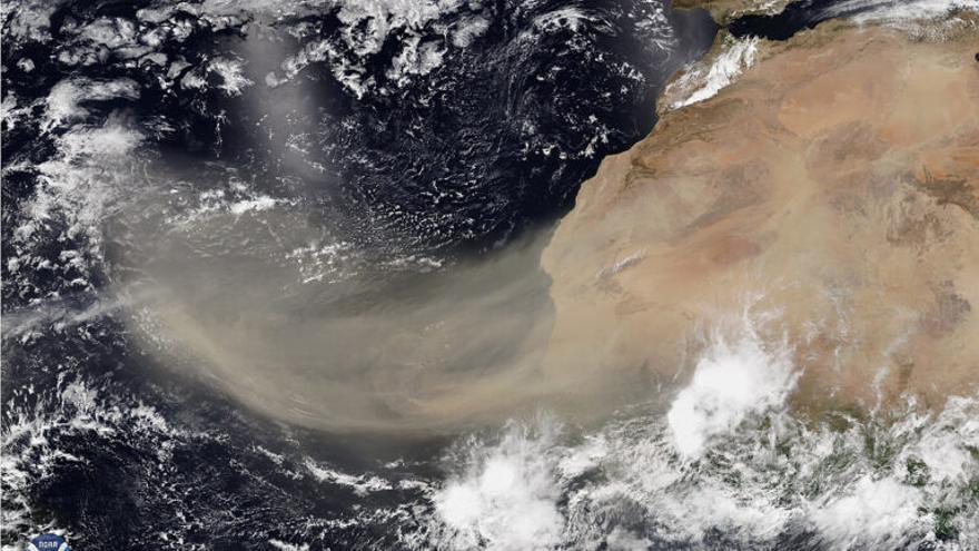 ¿Cómo llega la calima del Sahara hasta el Amazonas?