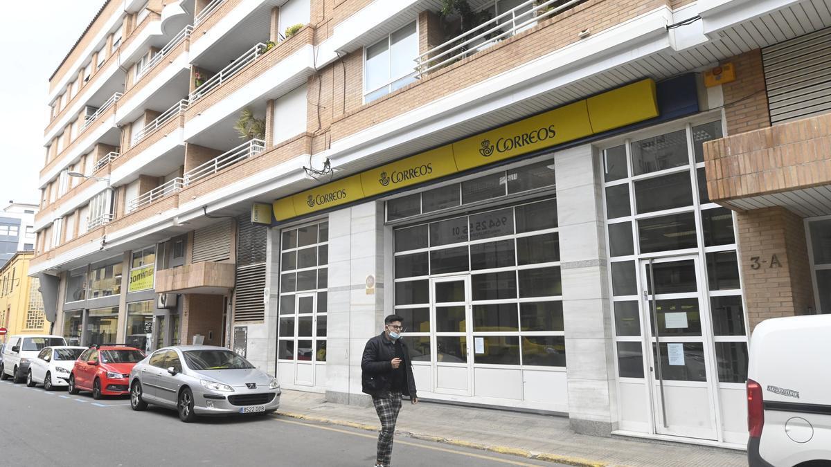 Imagen de una oficina de Correos en Castelló.