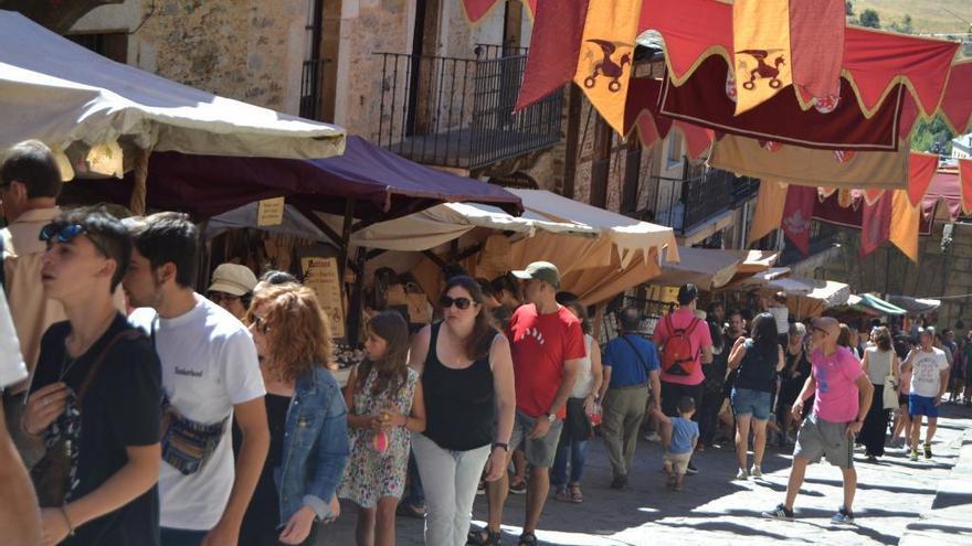 Puebla de Sanabria se queda sin mercado medieval un año más