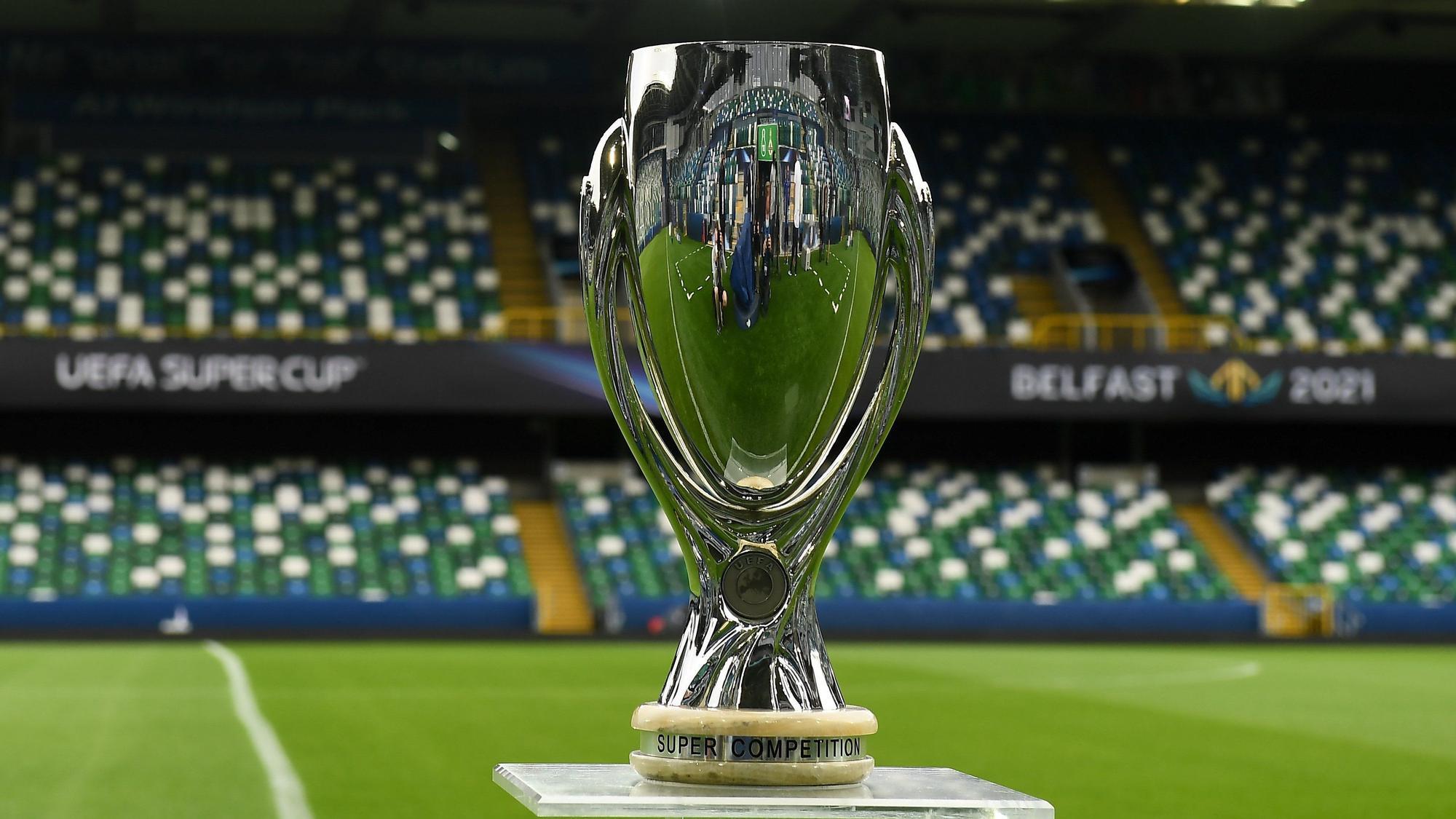 Belfast se engalana para la segunda final europea del Villarreal