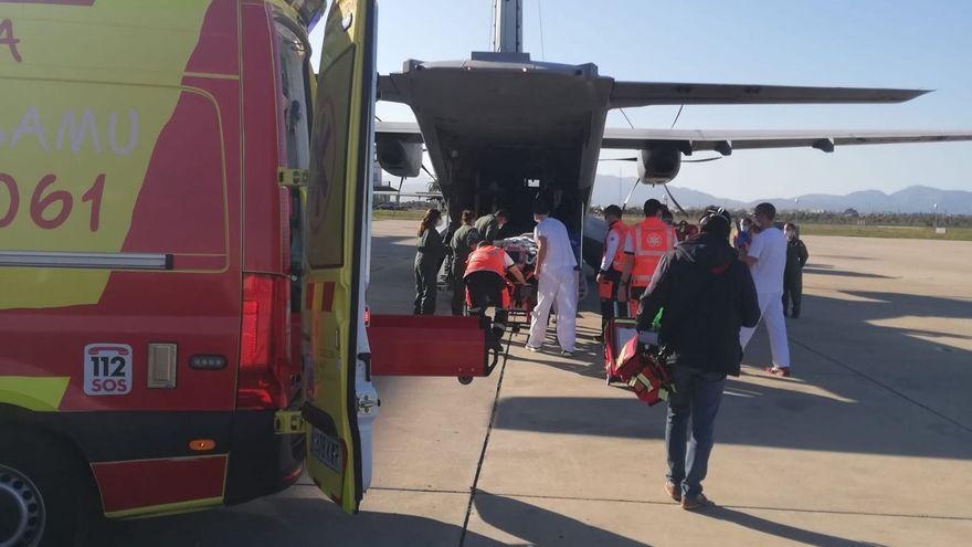Trasladan de Palma a Barcelona a un bebé de un año y medio que sufrió una parada respiratoria con la técnica ECMO