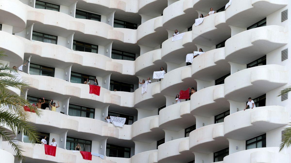 Schüler im Quarantäne-Hotel Palma Bellver