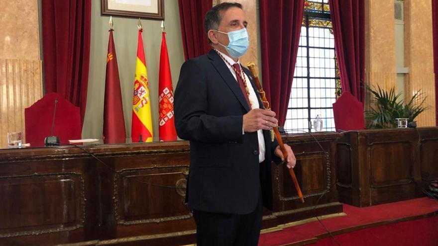 Moción de censura en Murcia: José Antonio Serrano ya es alcalde de Murcia