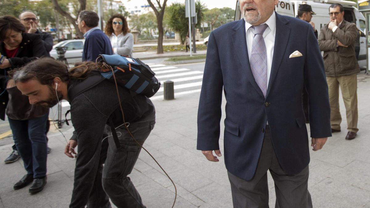 El magistrado Pérez Templado se jubila tras 46 años como juez