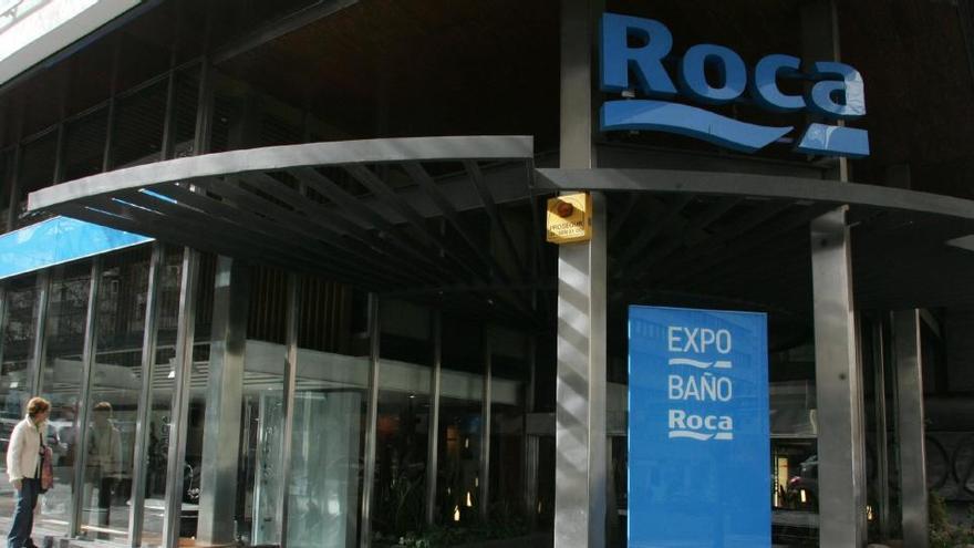 Roca, condenada a pagar 556.000 euros por la muerte de un empleado por amianto