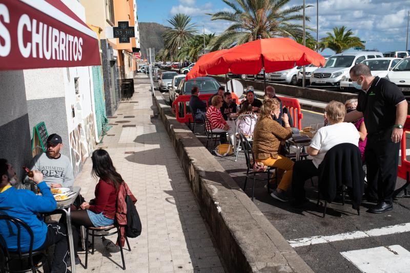 Terrazas del área metropolitana de Tenerife en el arranque de la tercera ola del coronavirus