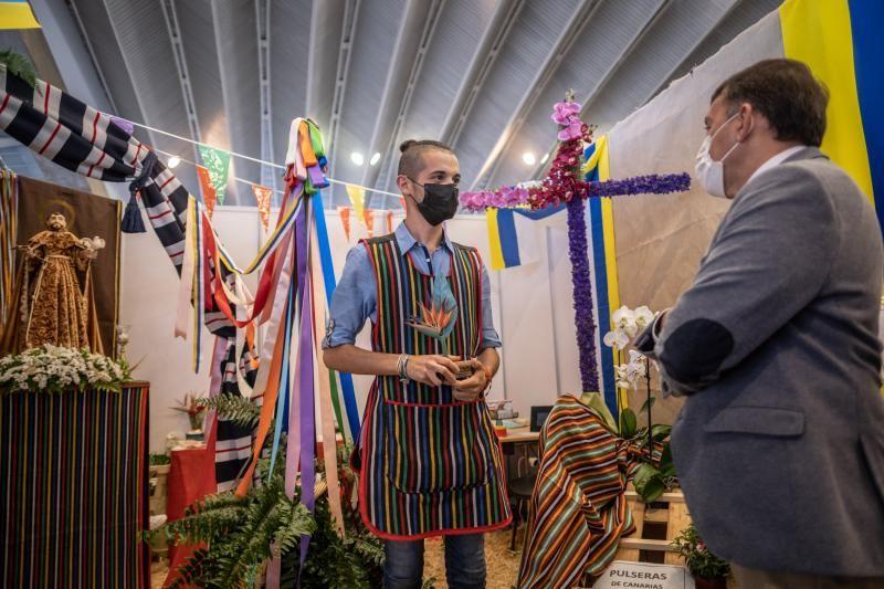 Clasura de la exposición de flores y artesanía de las Fiestas de Mayo