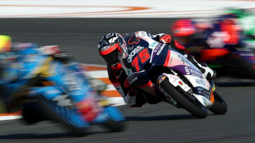 El gironí Albert Arenas es manté líder en Moto3, malgrat la victòria d'Arbolino