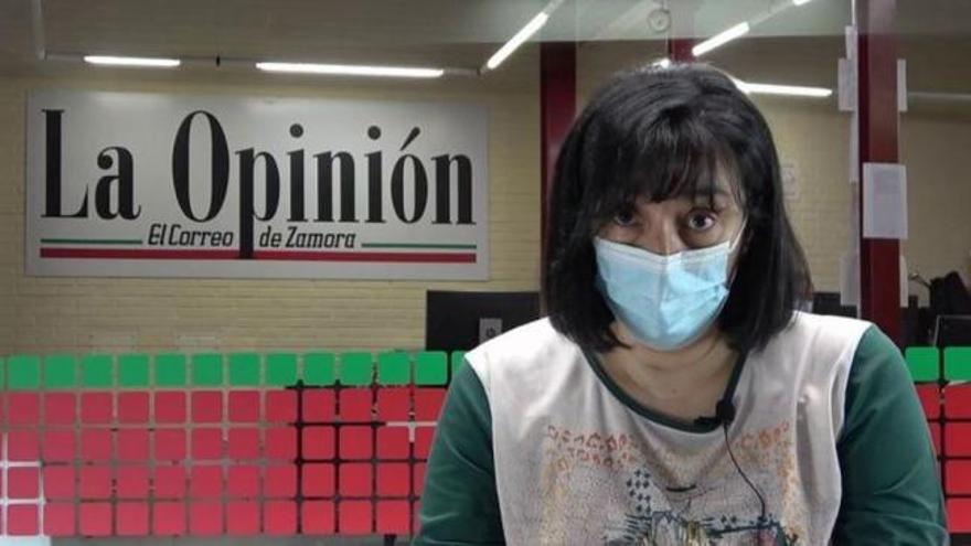 La enfermera zamorana Montserrat Juan lee su carta viral de denuncia