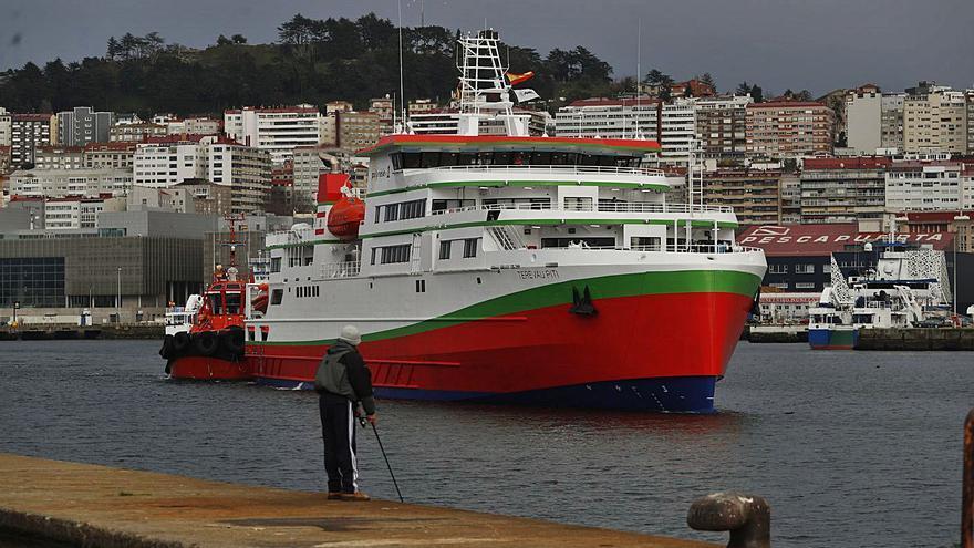 Conexión naval Vigo-Tahití