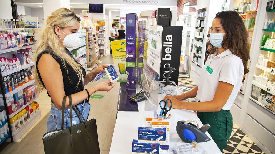 Las farmacias murcianas esperan un 'boom' de ventas de test de antígenos