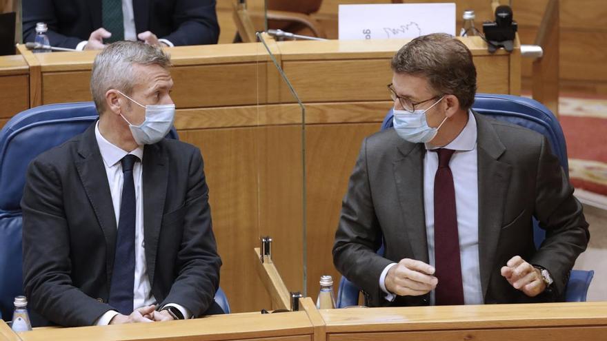 La Cámara gallega celebra su primer pleno con la mitad del aforo debido a la pandemia