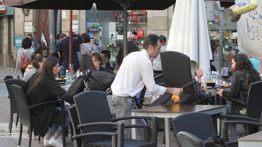 Las contrataciones en verano en Castilla y León superarán las 30.000