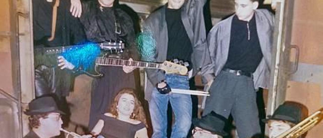 Imagen promocional del grupo en los años 90.