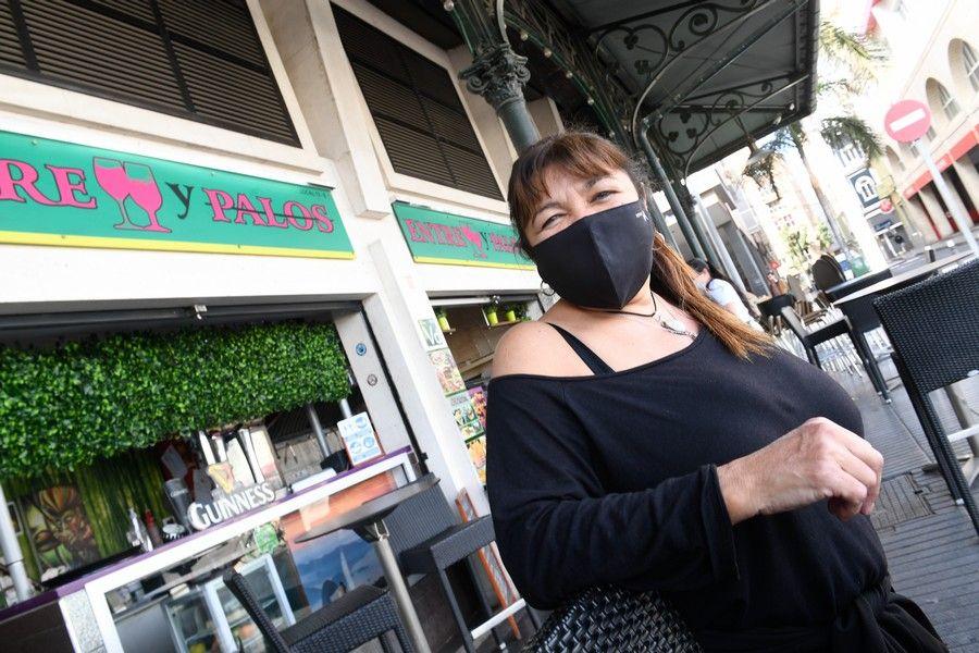 Restaurantes, bares y vecinos valoran la inauguración de la Pasarela Onda Atlántica