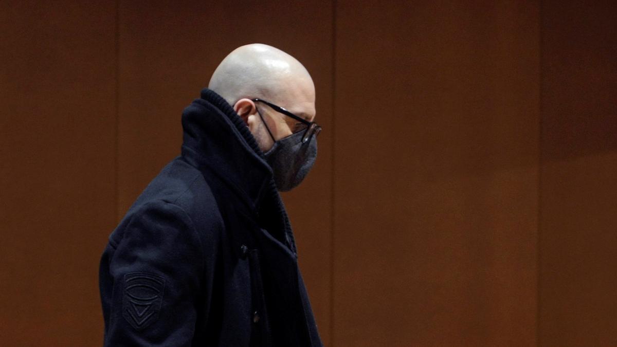 El ahora condenado por matar a su esposa, durante el juicio en la Audiencia Provincial