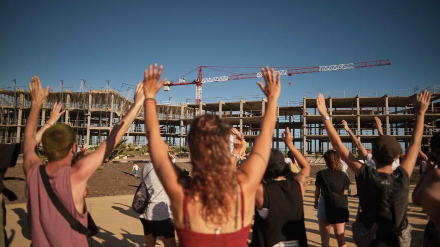 """Viqueira sigue adelante con el hotel de lujo de La Tejita pese a """"las amenazas"""""""