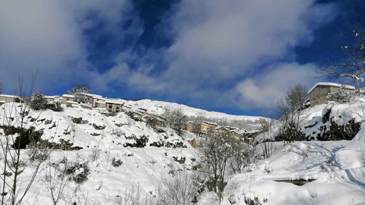 Sotres nevado (Cabrales)