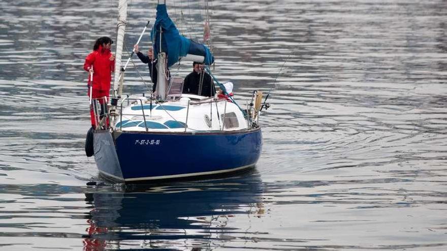 El club Marina de Avilés destaca con un 90% de aprobados en el último examen para patrones
