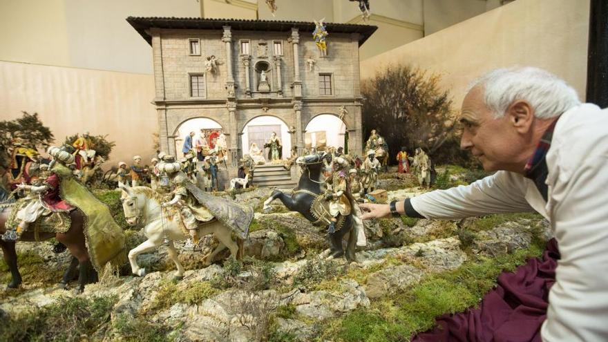 Belén ambientado en Oviedo ubicado en la plaza Trascorrales