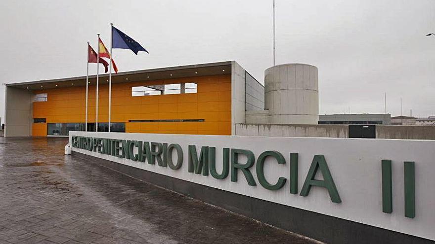 La cárcel de Campos del Río, se queda sin médicos: todos aislados por coronavirus