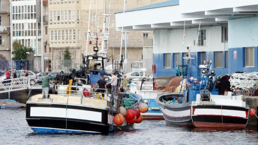 """El cerco de Galicia se queda """"tirado"""" con el cierre de la sardina y la ausencia de jurel"""