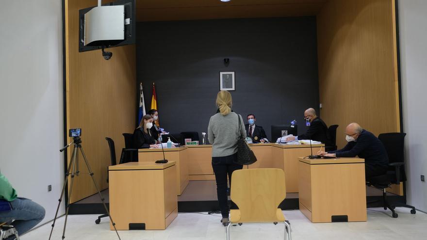 """Vecinos de Vegueta reclaman al juez que acabe con la """"tortura"""" del Carnaval de Día"""
