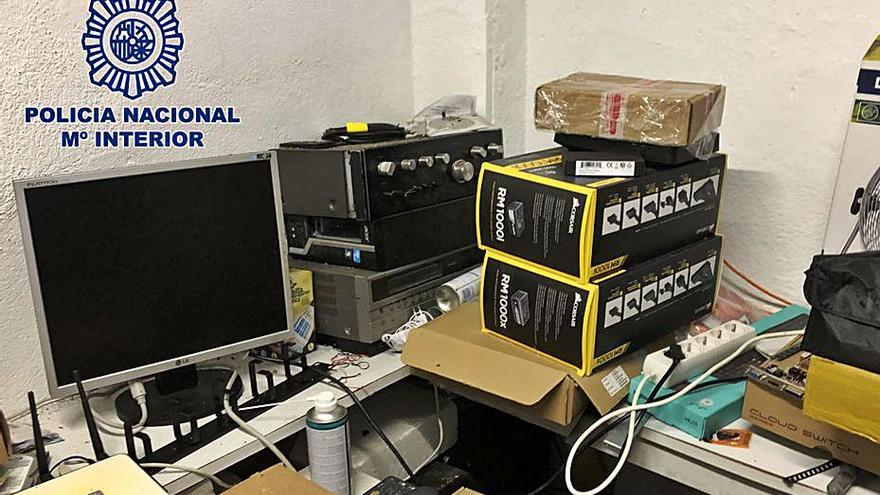 Desmantelado un grupo por la oferta ilegal de señales de televisión de pago