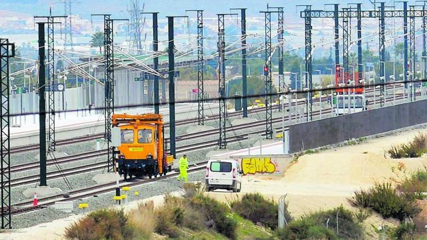 El Gobierno inaugura el lunes la línea de alta velocidad Madrid-Elche-Orihuela