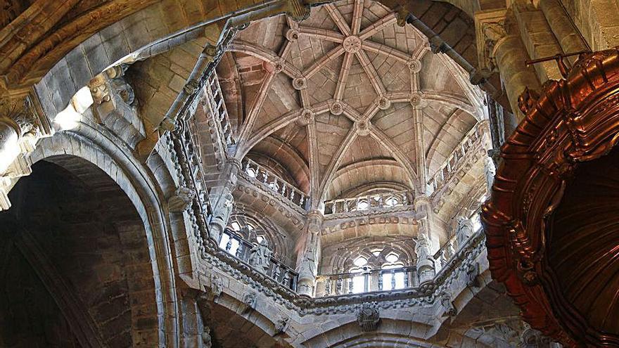 La Xunta contempla obras de mejora en el cimborrio de la Catedral de Ourense