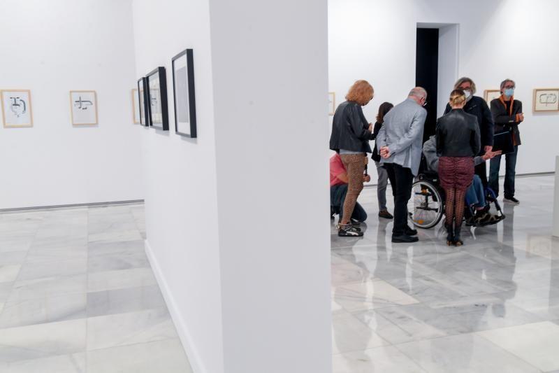 El Centro Atlántico de Arte Moderno (CAAM) presenta las  exposiciones; 'In/Out: Un mapa posible', colectiva de 42 artistas de Gran Canaria