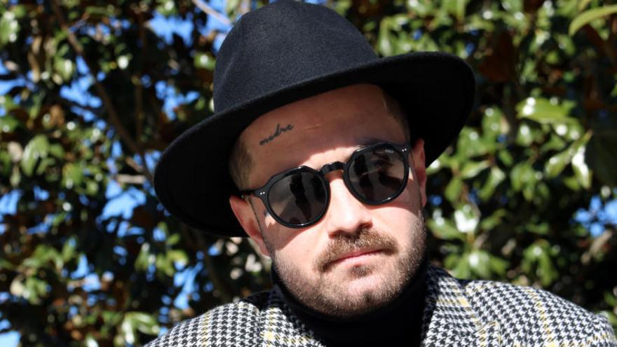 L'artista Abel Azcona no compareix al jutjat de Berga «com un acte de rebel·lia»