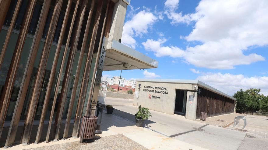 Los gestores del cámping de Zaragoza reclaman poder marcharse cuanto antes